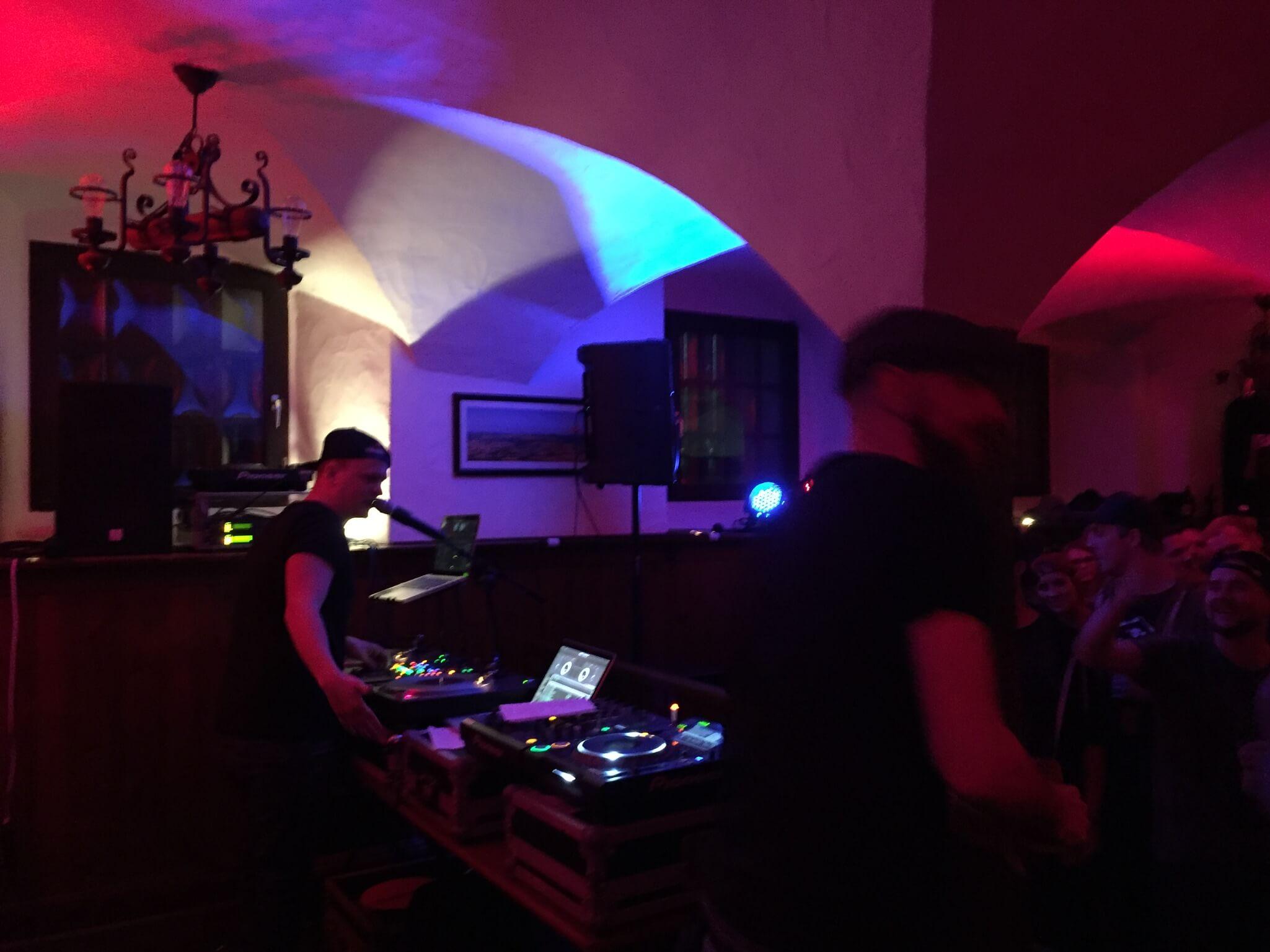 Gramoe und Som. Company Slow. Frankenburger. Live Hip Hop. Bratwurst Rap. Coburg.