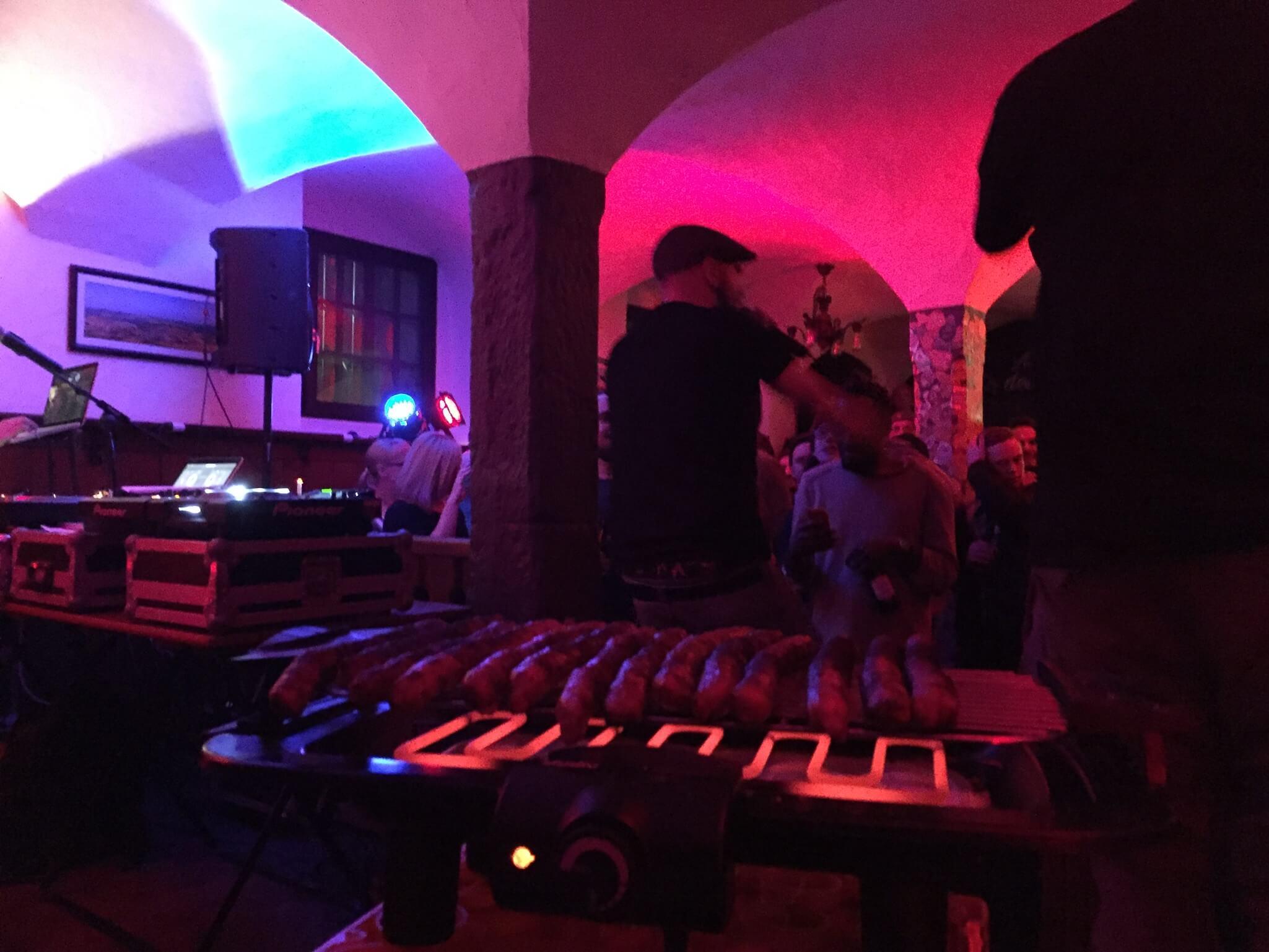 Heinz Null und die Wörschd. Company Slow. Frankenburger. Live Hip Hop. Bratwurst Rap. Coburg.